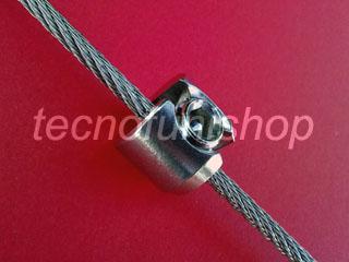 816C Morsetto cilindrico in acciaio inox ad un grano per mensole, pannelli e ripiani sospesi su cavi e funi