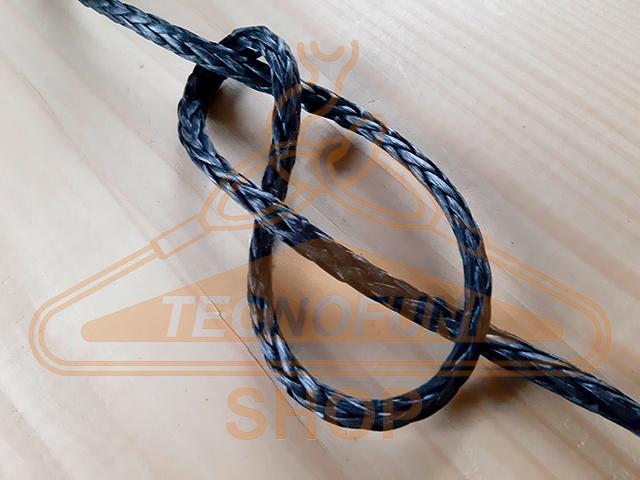 Corda in Dyneema SK78 a treccia singola con prestiratura e rivestimento poliuretanico